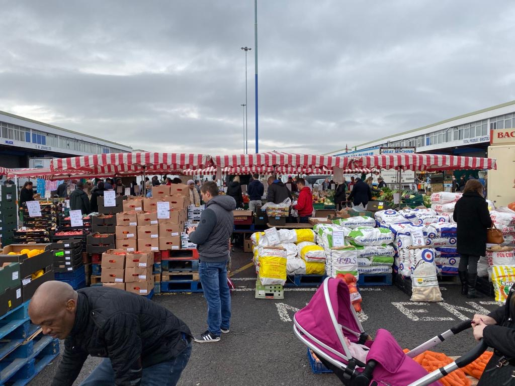 Bristol Giant Car Boot